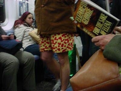 ropa interior en el metro